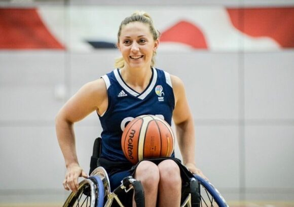 Paralympian Sophie Carrigill playing wheelchair basketball